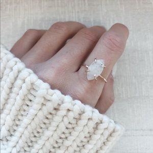 Authentic 14k MINTJEWELRY LUNA DAINTY RING